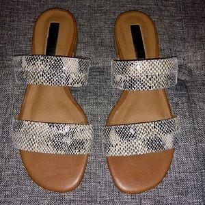 Halogen size 4 Sandals